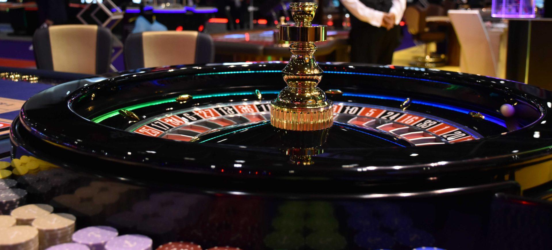 Игровые автоматы симулятор покер скачать бесплатно моментальные выплаты казино на деньги i